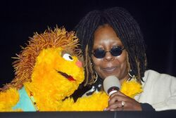 NYC-TownhallMeeting-UnitedNations-WorldAidsDay-WhoopiGoldberg-Kami-(2002-11-26)