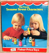 Fisher-price play family little people set sesame street characters 3