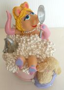 San francisco music box company miss piggy in the bath music box figurine 3