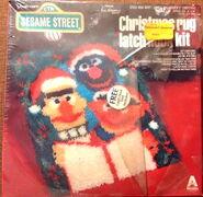 Vogart crafts 1979 christmas latch hook kit