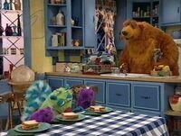 Bear220f