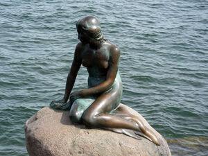 Mermaid statue copenhagen