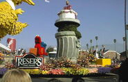 1999 parade float