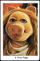 Sweden swap gum cards 8 miss piggy