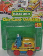 Fisher-price 1996 die-cast cookie monster bus