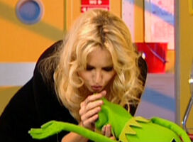 Kiss Kermit and Adriana Karembeu