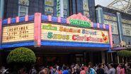 Universal studios singapore 2014 sesame street saves christmas 0