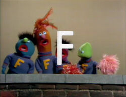 F-Cheerleaders2