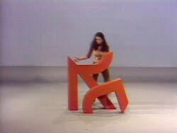 Maria assembles R