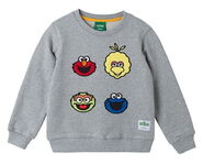 Pancoat sweater four heads
