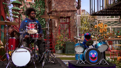 Grover-Questlove