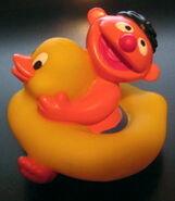 Applause ernie bath duckie