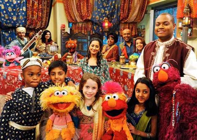 File:Rahki on Sesame Street 2.jpg