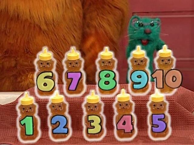 File:Bear in the Big Blue House - Ten Honey Jars.jpg