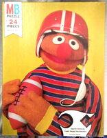 MB1977ErnieFootball24pcs