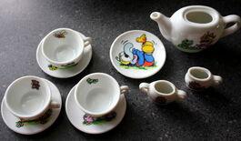 Enesco 1983 muppet babies tea set 8