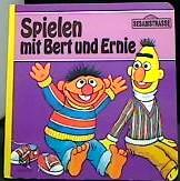 Spielen mit Bert und Ernie
