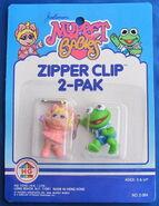 Hg toys 1986 muppet babies zipper clip