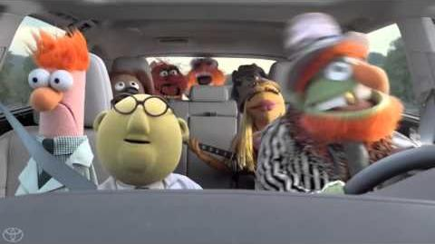 Toyota Highlander Surprise Starring the Muppets 2014 Toyota Highlander