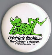 Children's museum indianapolis indiana 1985 kermit celebrate the magic button pin