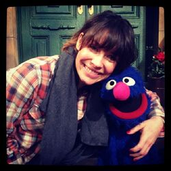Evangeline Lilly and Grover