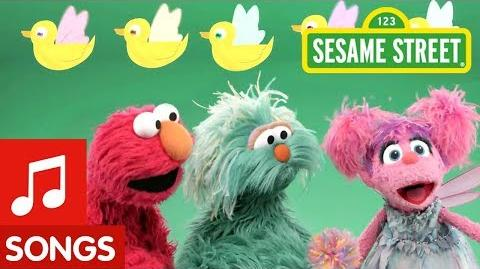 Sesame Street 5 Little Fairy Ducks Elmo's Sing-Along