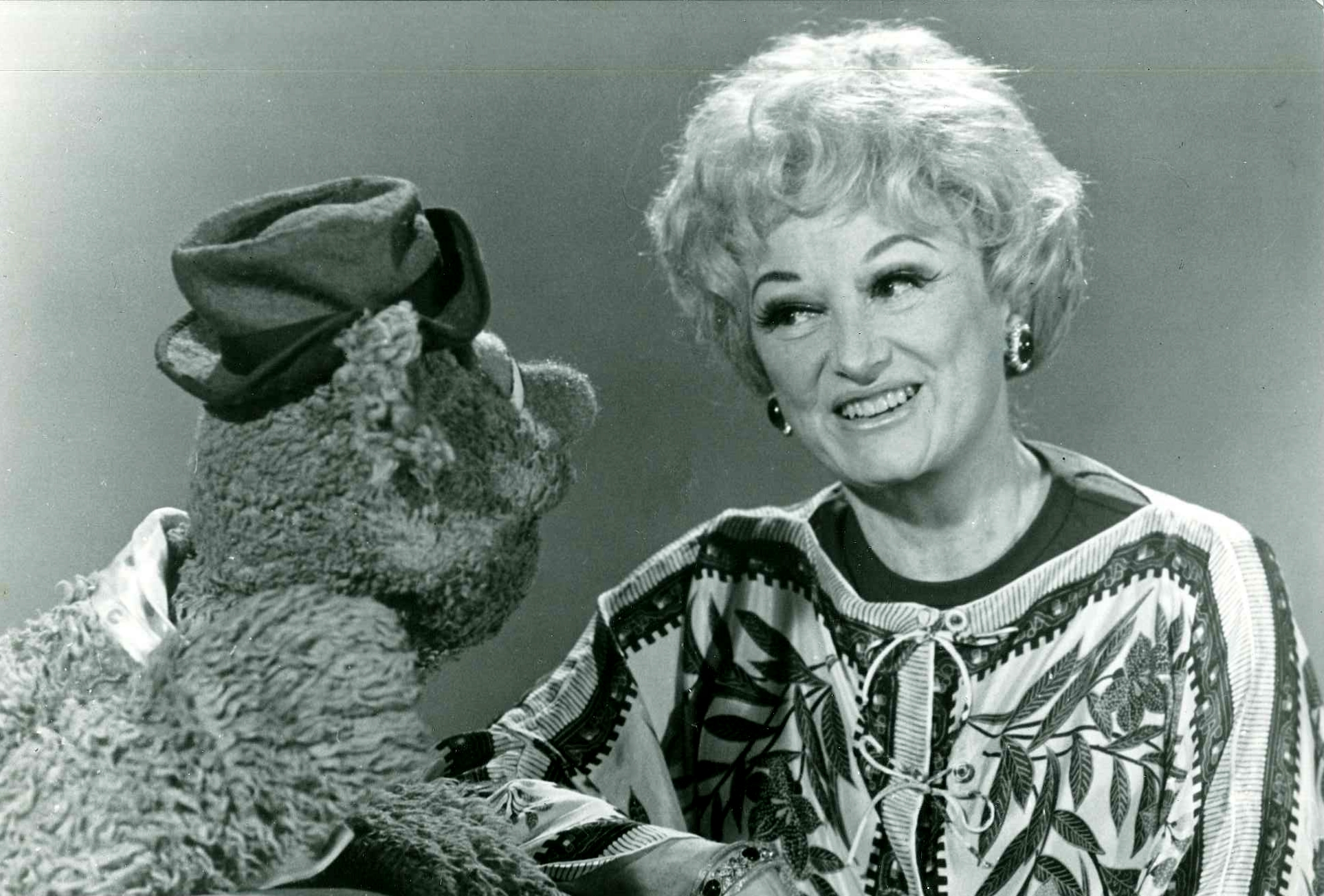Watch Phyllis Diller video