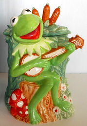 Pfaltzgraff treasure craft cookie jar kermit 1