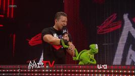 WWE-TributeToTheTroops-07-(2012-12-19)