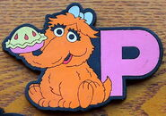 Applause alphabet magnets P