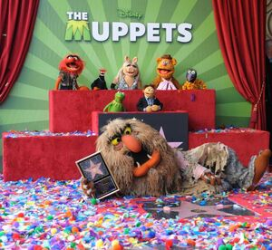 TheHollywoodWalkOfFame-TheMuppets-(2012-03-20)