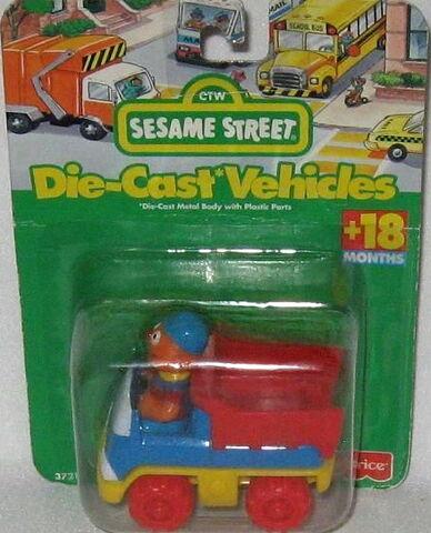 File:Fisher-price 1996 die-cast car ernie's dump truck.jpg