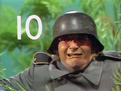 Arte Johnson counts to 10