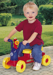 Processed plastic company pp 2003 elmo's zoom-zoom rider ride-on toy 3