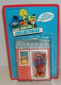 Tara toys farmer grover