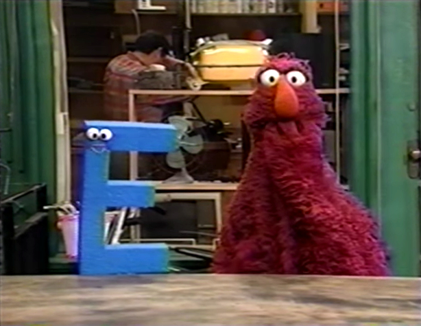 sesame street letter e the letter e song muppet wiki fandom powered by wikia 24812