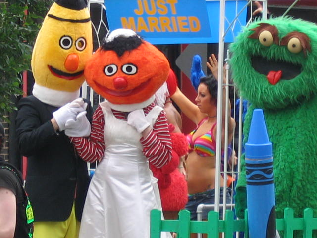 Bert and ernie homosexual marriage
