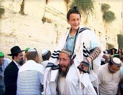 Shalom16-09