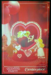 Hallmark 1981 valentines party set 2
