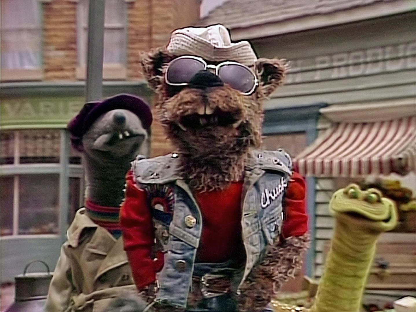 Chuck Stoat | Muppet Wiki | FANDOM powered by Wikia