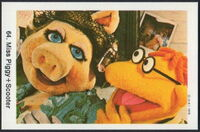 Sweden swap gum cards 64 miss piggy scooter