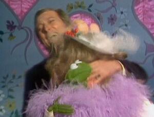 Kiss andy williams piggy