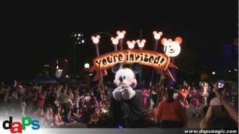 Mickey's Costume Party Cavalcade - Mickey's Halloween Party - Disneyland