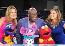 GroverAbbyElmo-TheTodayShow-(08.09.2012)