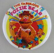 Muppet show button pin badge uk fozzie bear