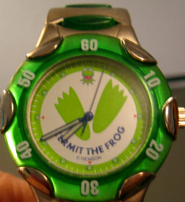 Genender international 1998 kermit chunky watch 1