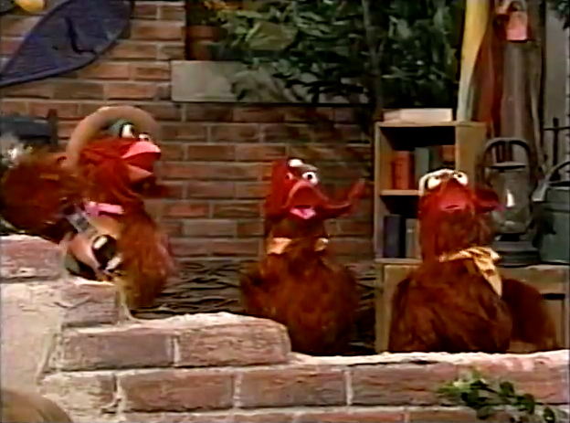 Clucky Clucky Chicken Muppet Wiki Fandom Powered By Wikia