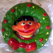 Newcor 1988 christmas ornament ernie wreath
