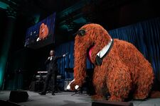 SWG 2019 johnoliver snuffy