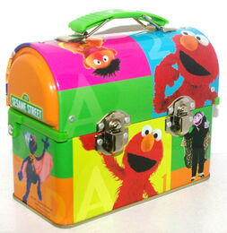 Msrf inc 2005 sesame tin lunchbox 1